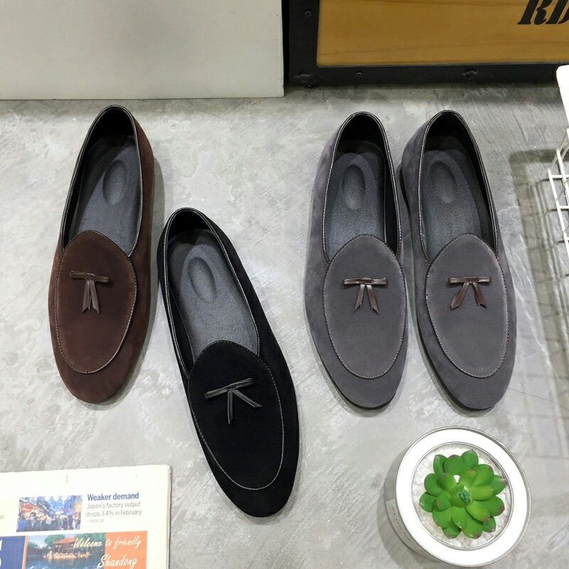 53288eee4fed9 US $27.01<Click to buy> 2018 New British Mens Leather Tassel Loafers Shoes  Prom Suede Men Dress Shoes Dress Smoking Slippers Men's Flats Wedding Party