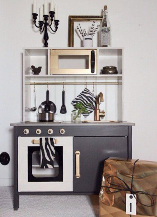 15 Incredible Pint-Size Hacks of IKEAu0027s Popular Play Kitchen - küchen ikea gebraucht