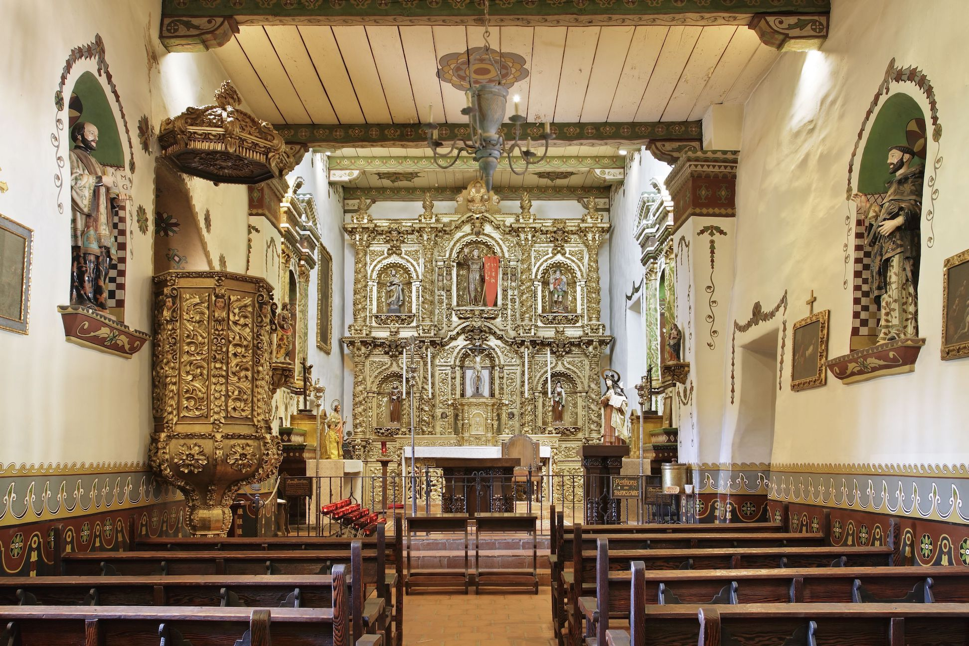 Mission San Juan Capistrano The Sanctuary Of Serra S Chapel It Is Was Built In 1777 And Is The Only Extant Structure Where It Has Been Documented That Ju