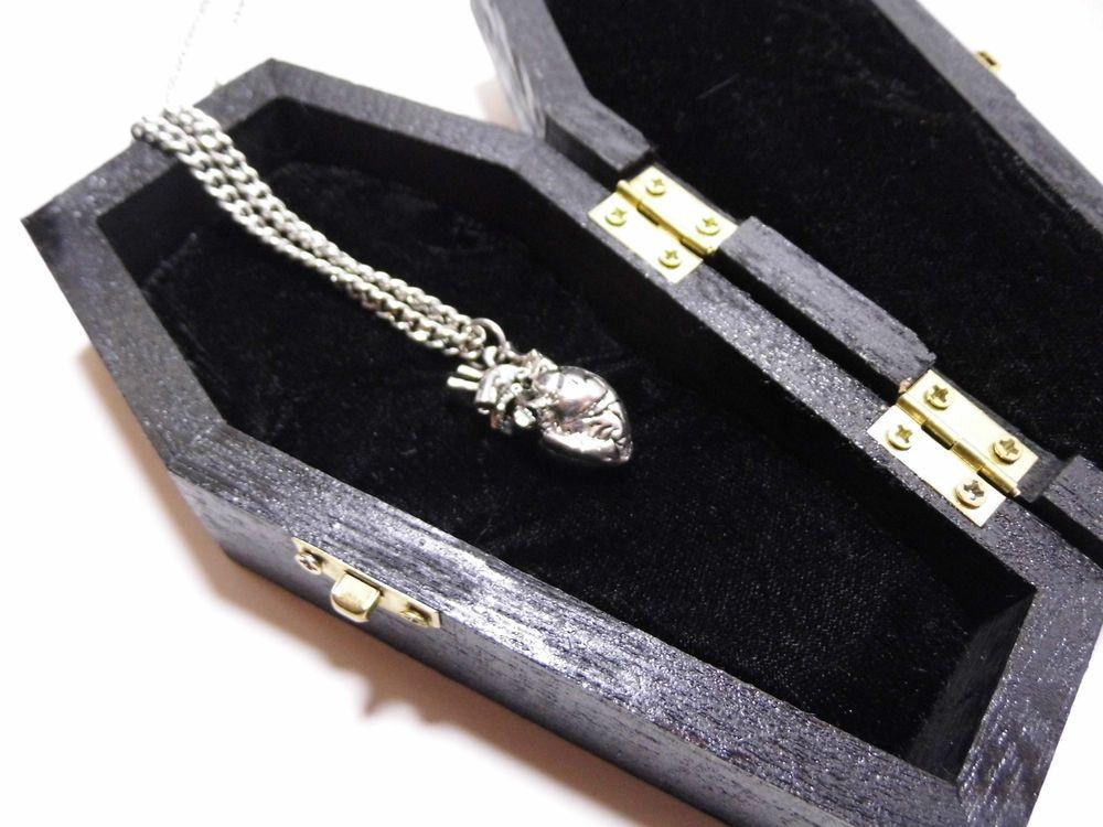 GOTHIC VALENTINE Dracula s Coffin Jewellery Box 3D Anatomical