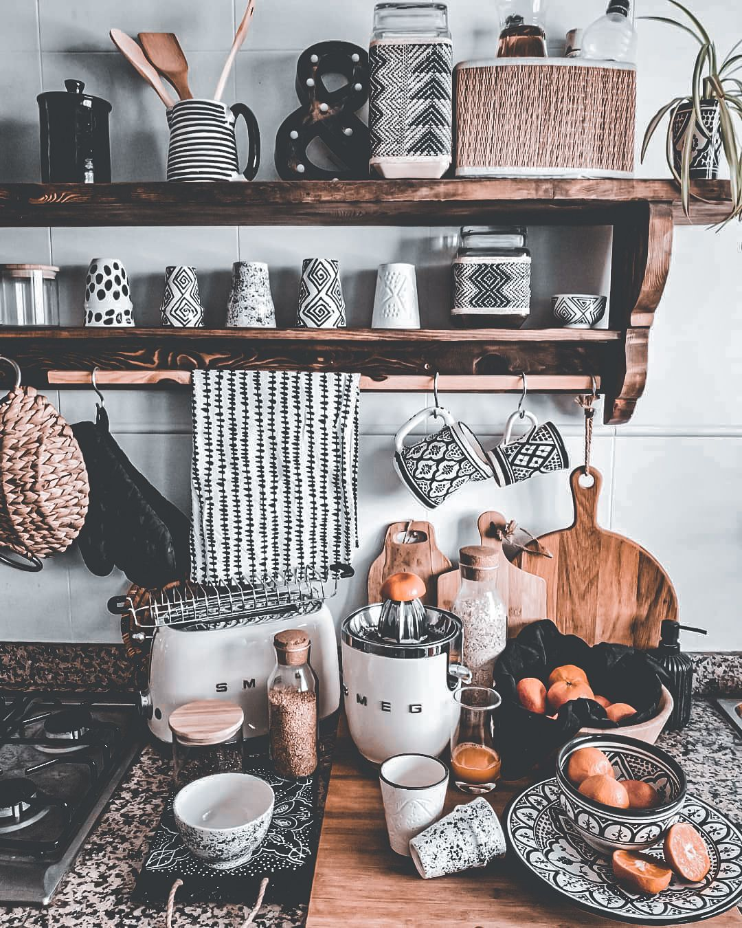 modern boho kitchens 27 chic eclectic style in 2020 boho kitchen eclectic style modern boho on boho chic home decor kitchen id=63710