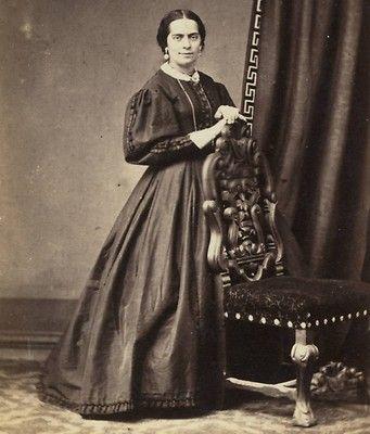 CDV: Victorian Portrait of a London Lady, Carved Chair, Greek Key Design Curtain | eBay