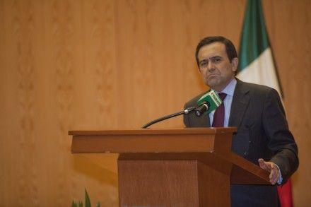 El secretario de Economía, Ildefonso Guajardo, el que más regalos recibe. Foto: Miguel Dimayuga