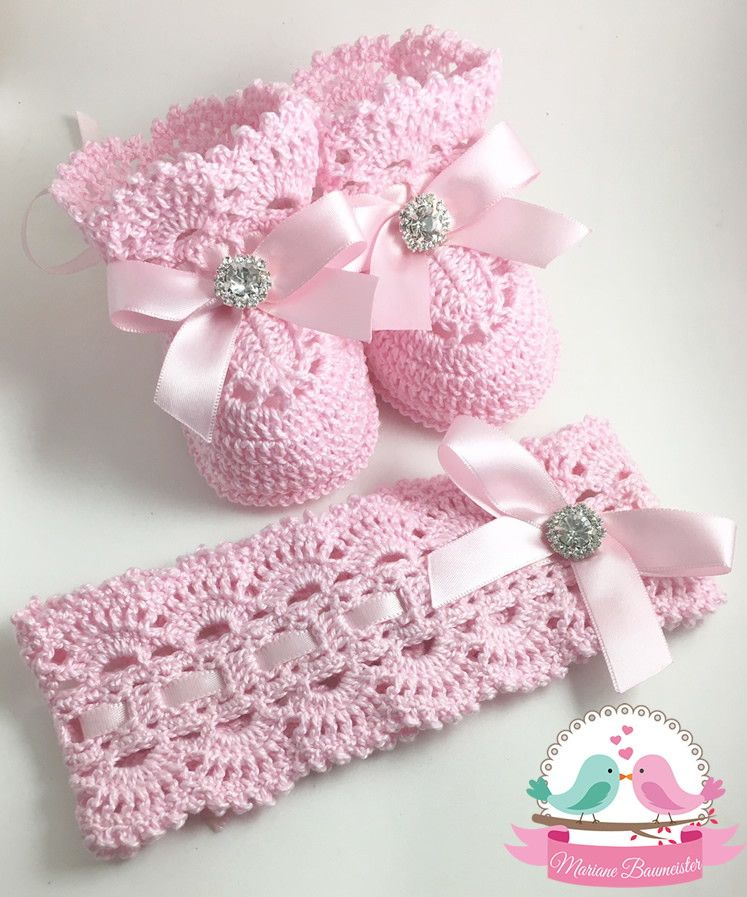 Conjunto de faixa tiara mais sapatinho de crochê Faixa tiara de crochê e  sapatinho para bebê em modelo estilo