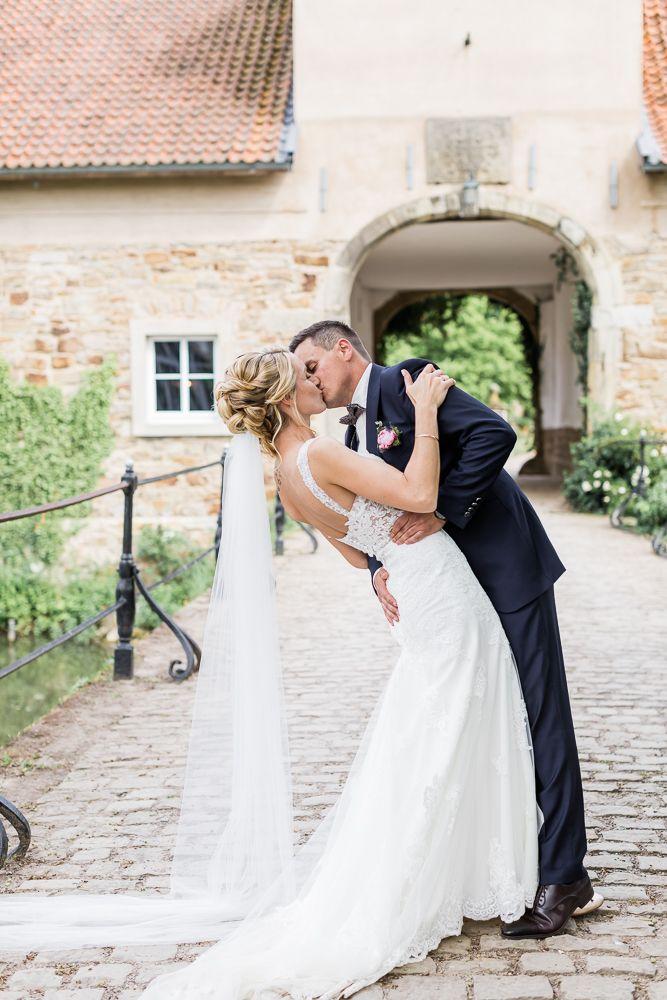 Hochzeit Auf Rittergut Remeringhausen In 2020 Rittergut Hochzeit Hochzeitsfotograf