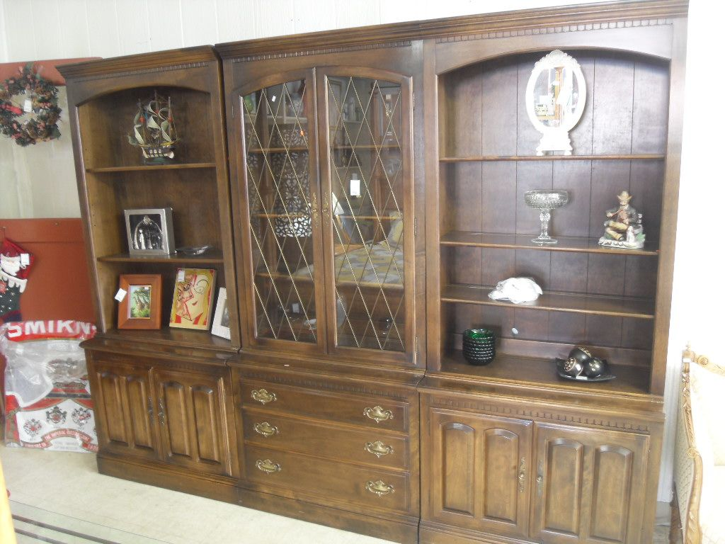 Ethan Allen Wall Unit Large and elegant Ethan Allen wall unit. This ...