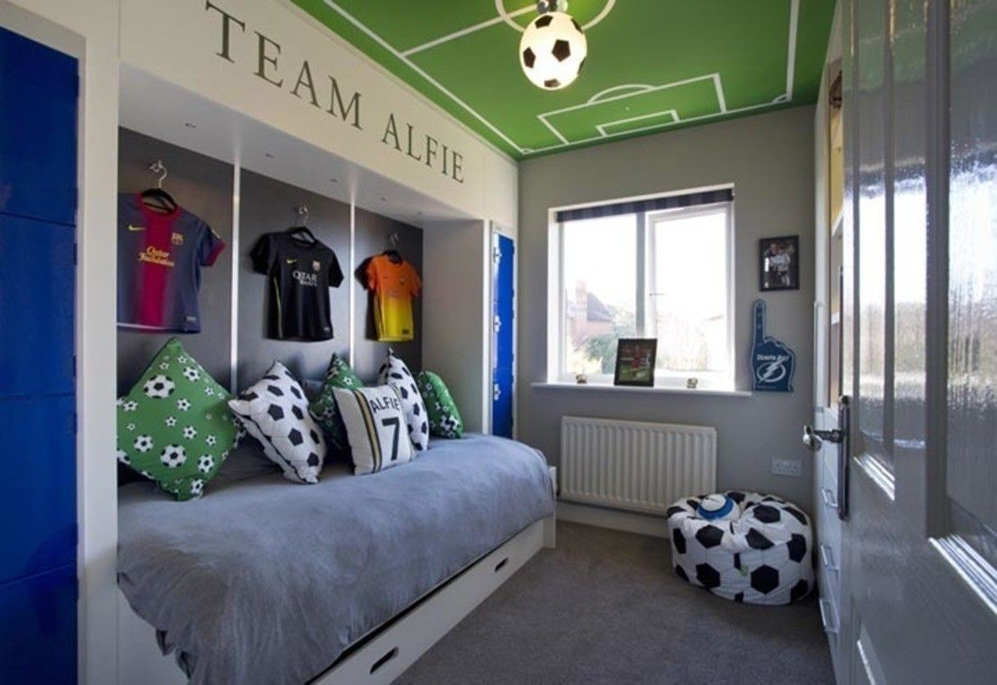 5 Stylish Boys Bedrooms Soccer Themed Bedroom Boy Bedroom Design Soccer Bedroom
