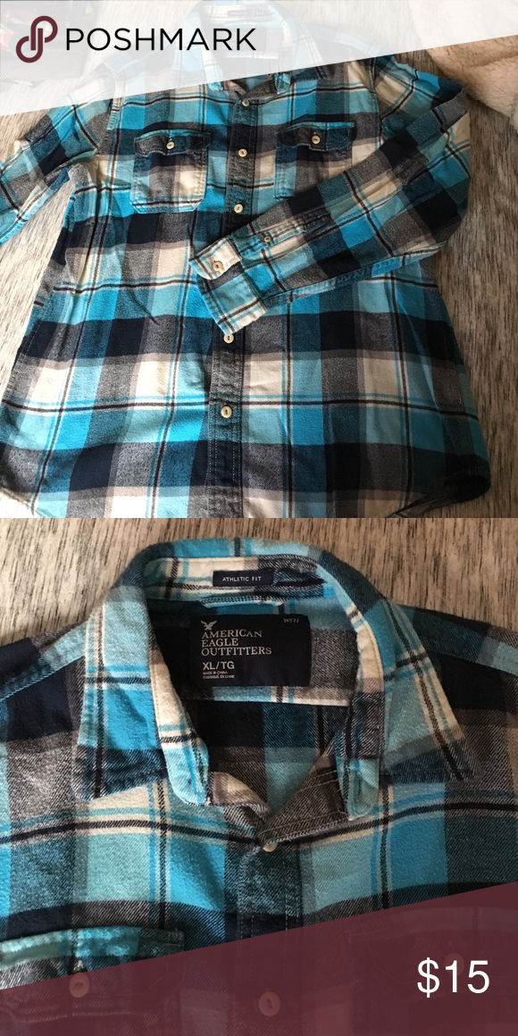 Men's button down flannel shirt Very warm flannel. Some minor pilling from being washed a few times. Great shirt for the coming winter ❄️ American Eagle Outfitters Shirts Casual Button Down Shirts