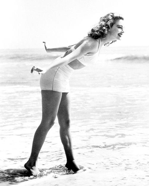 Ava Gardner | Ava gardner, Bikini pictures