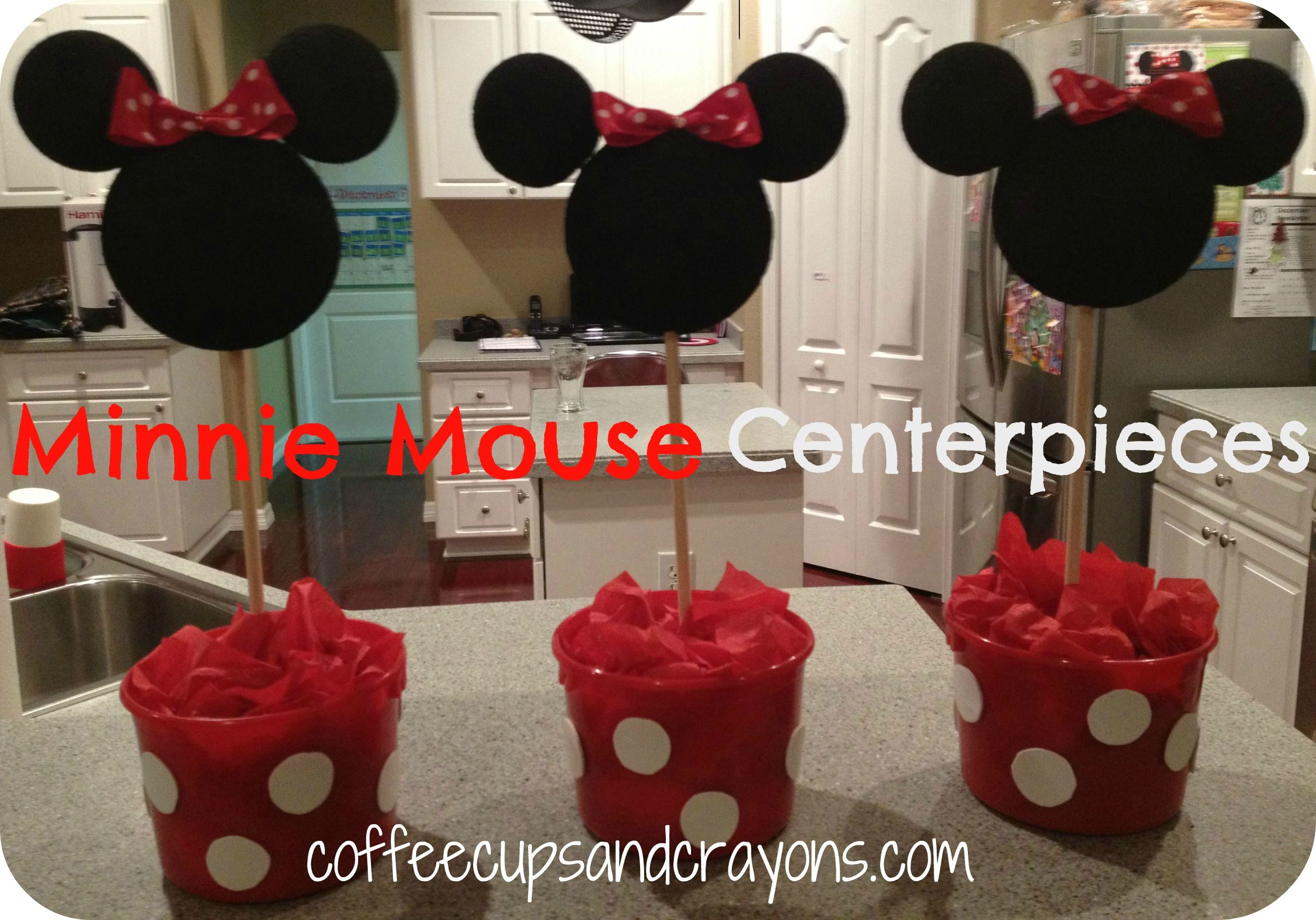 How to Make Easy Minnie Mouse Centerpieces... If I do these it'll be with a pink bow and pink bucket with light pink polka dots