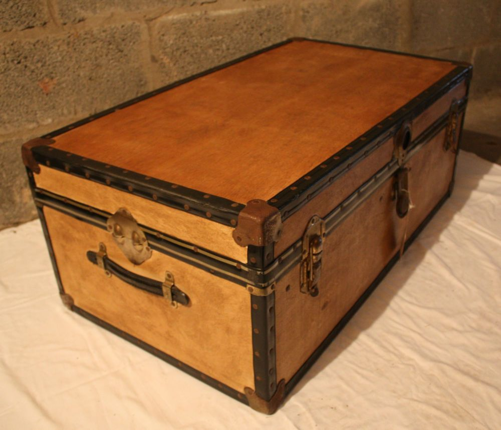 Unusual Vintage Steamer Trunk/storage Chest/coffee Table/toy Box   Waxed  Wood