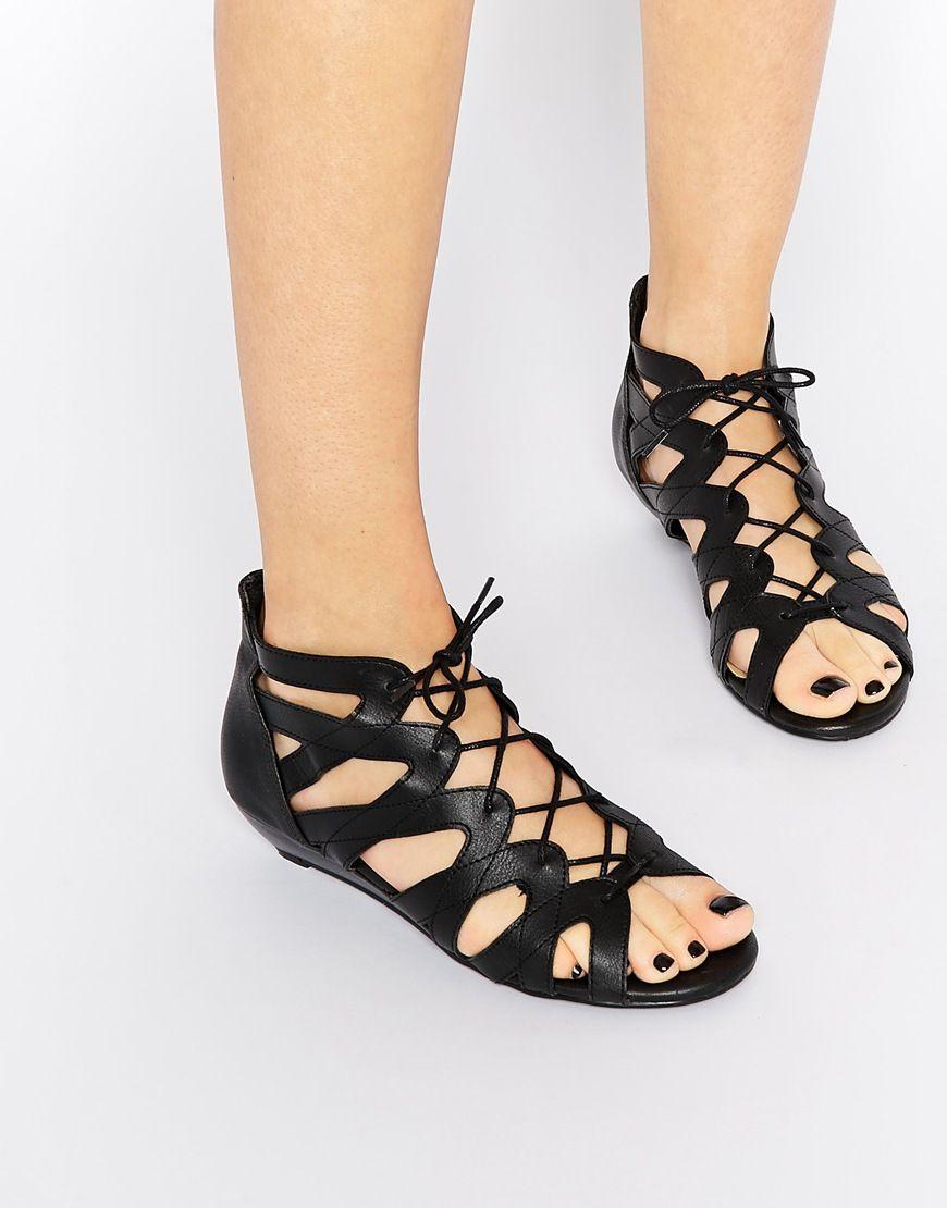 Buy Women Shoes / New Look Ghille Strap Heel