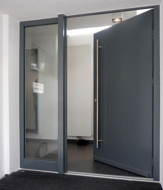 Puertas principales de aluminio modernas puertas de for Puertas de entrada principal modernas