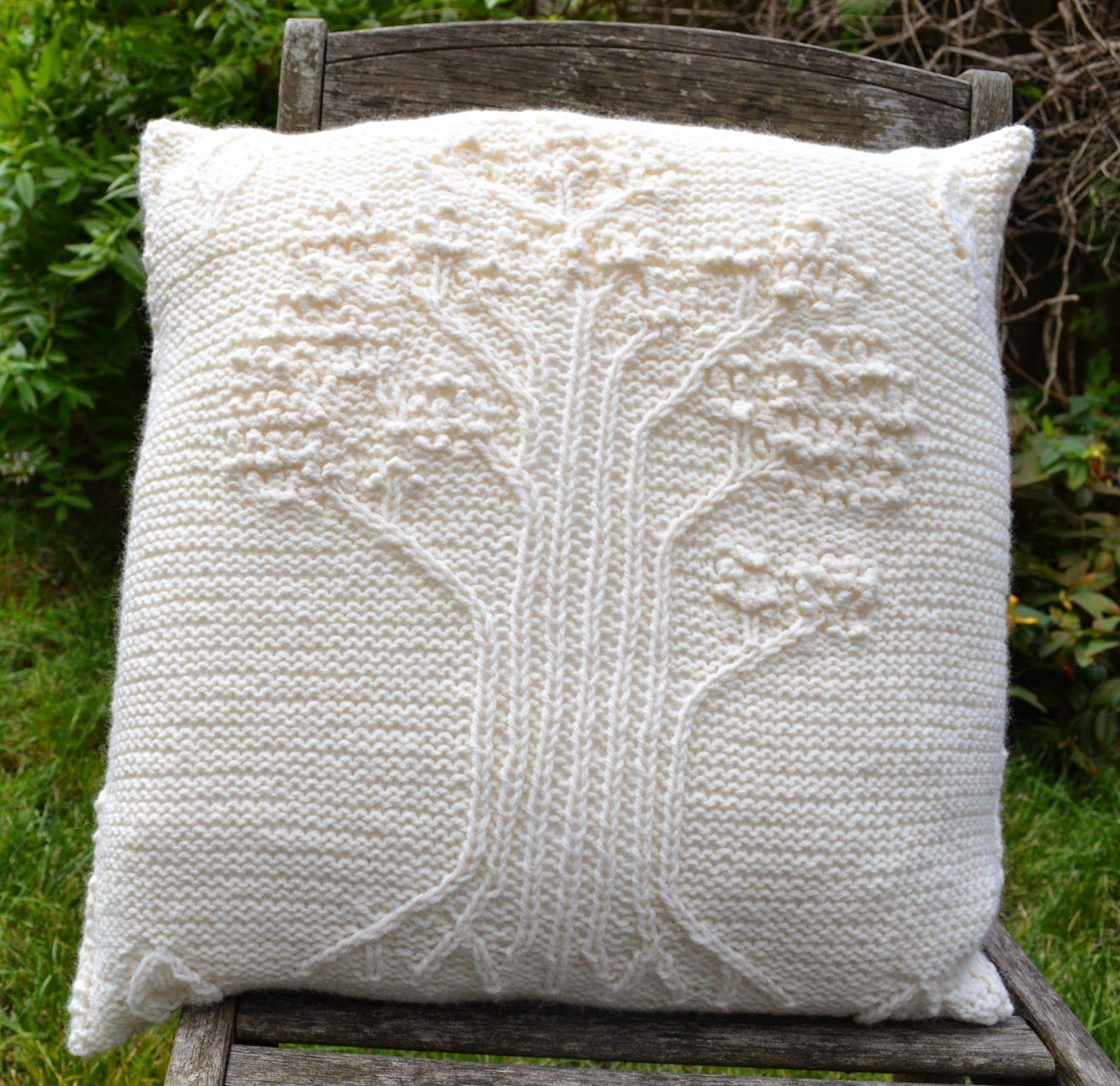 Cushions | Cushions, Throw pillows, Knitting