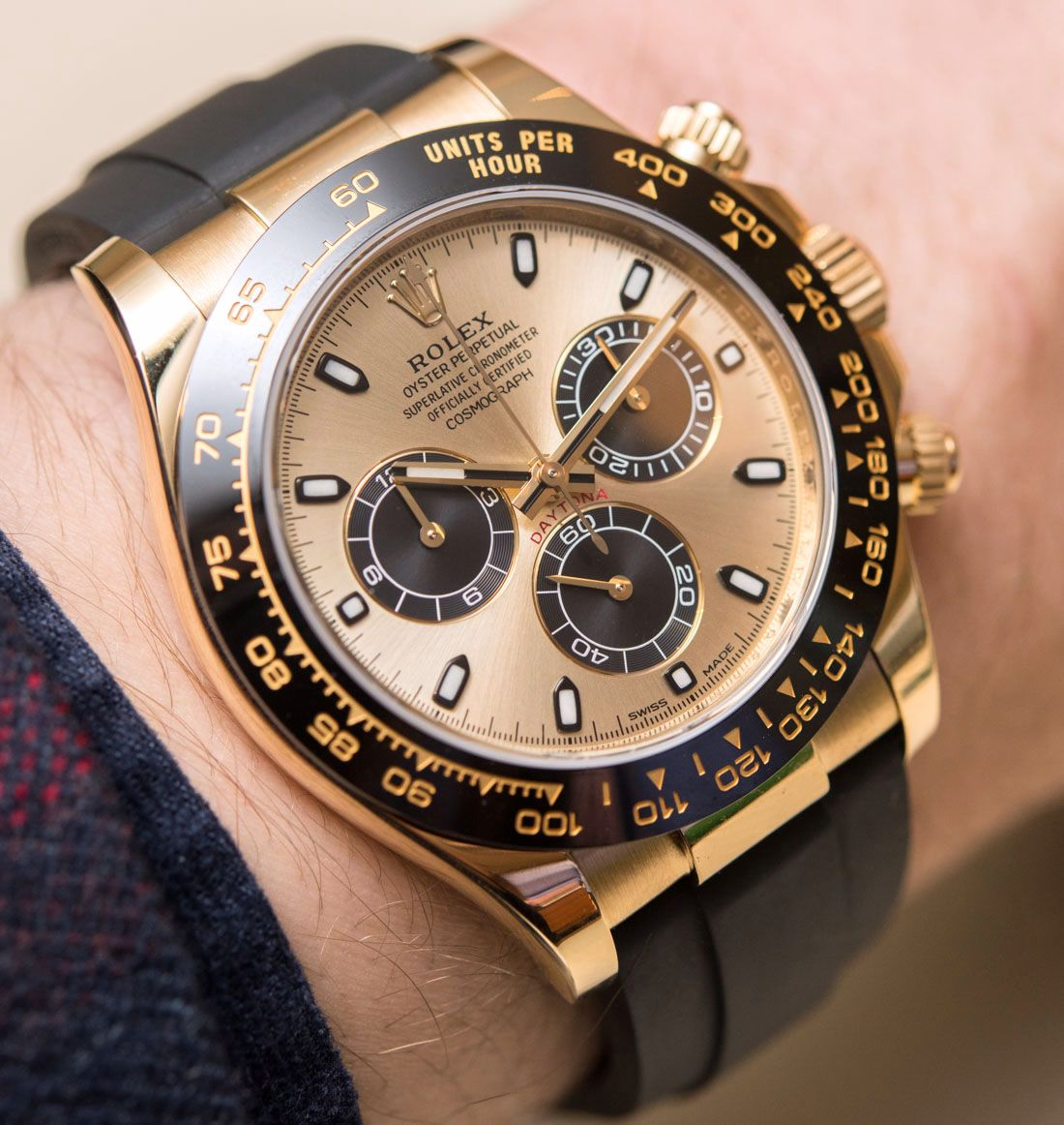 b6571809dc4 Rolex Cosmograph Daytona Watches In Gold With Oysterflex Rubber Strap    Ceramic Bezel Hands-On Hands-On