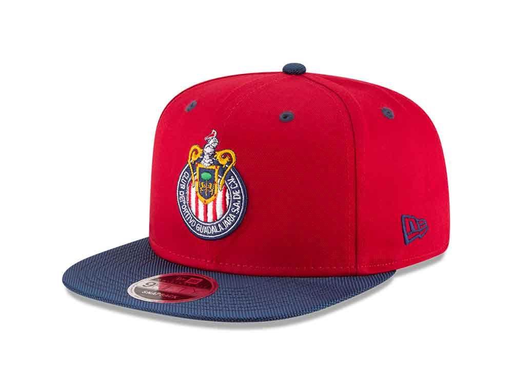 Las gorras New Era se engalanan y ahora hicieron alianza con las Chivas del  Guadalajara. Las gorras de Chivas marcan un parte aguas para New Era México. 0411d7934f1