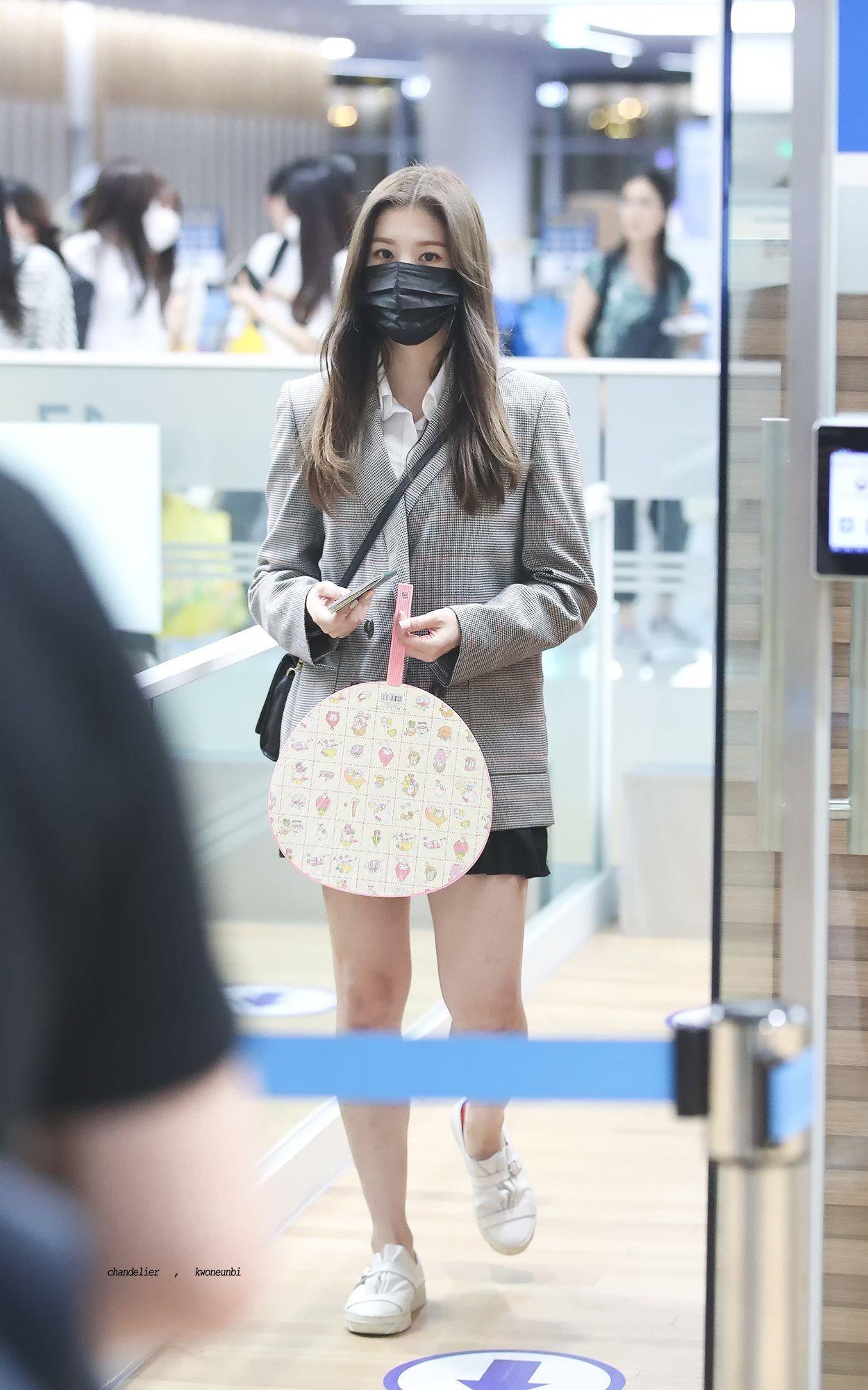 Kwon Eunbi   Kwon Eunbi (IZ*ONE) in 2019   Korean fashion, Star