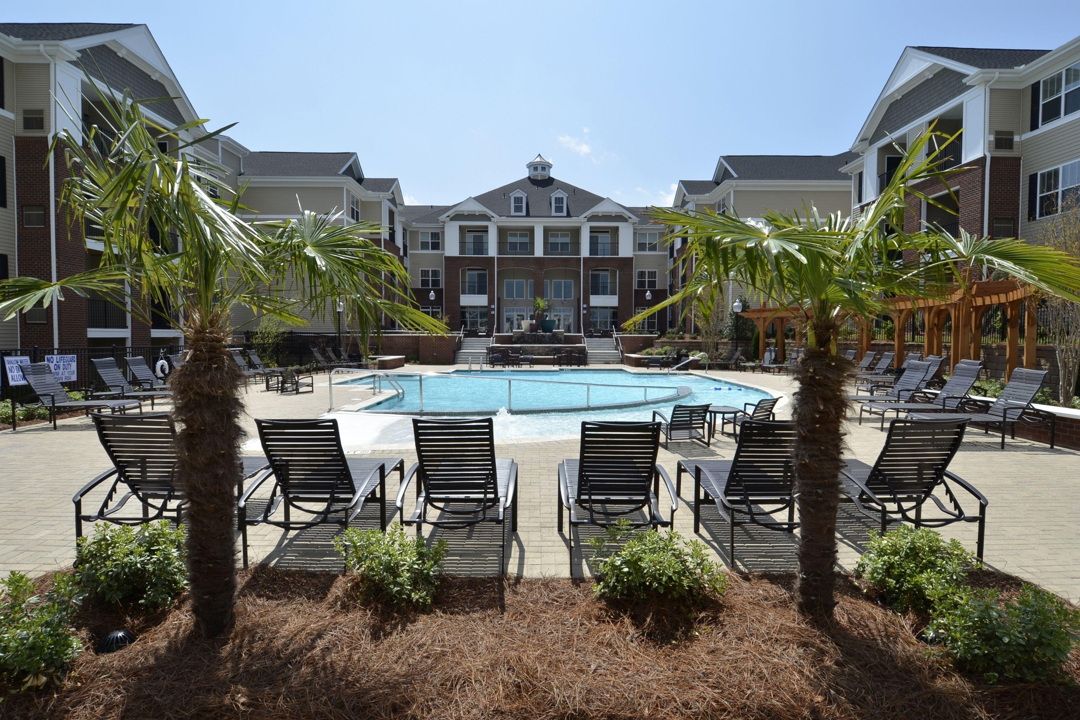 Luxury Apartment West Columbia, SC Resort style pool