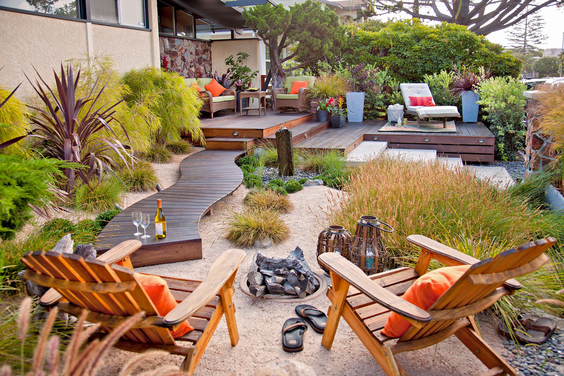 16 Simple Solutions For Small Space Landscapes Small Yard