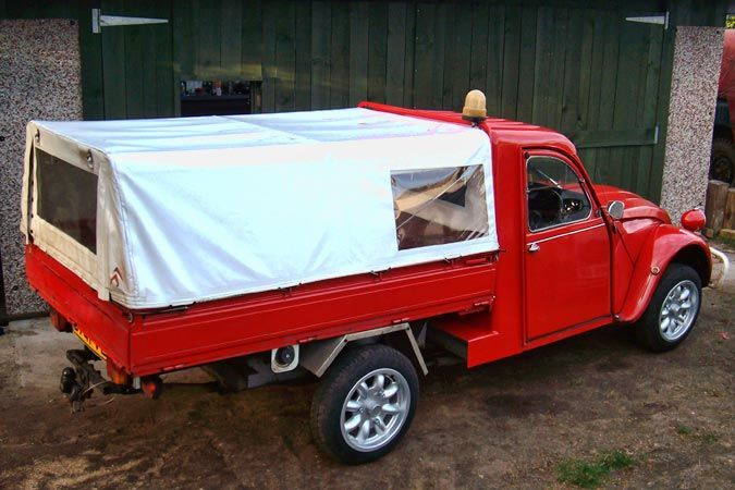 pick up rouge 2cv fourgonnette truckette van bruxelles pinterest rouge cars and 4x4. Black Bedroom Furniture Sets. Home Design Ideas