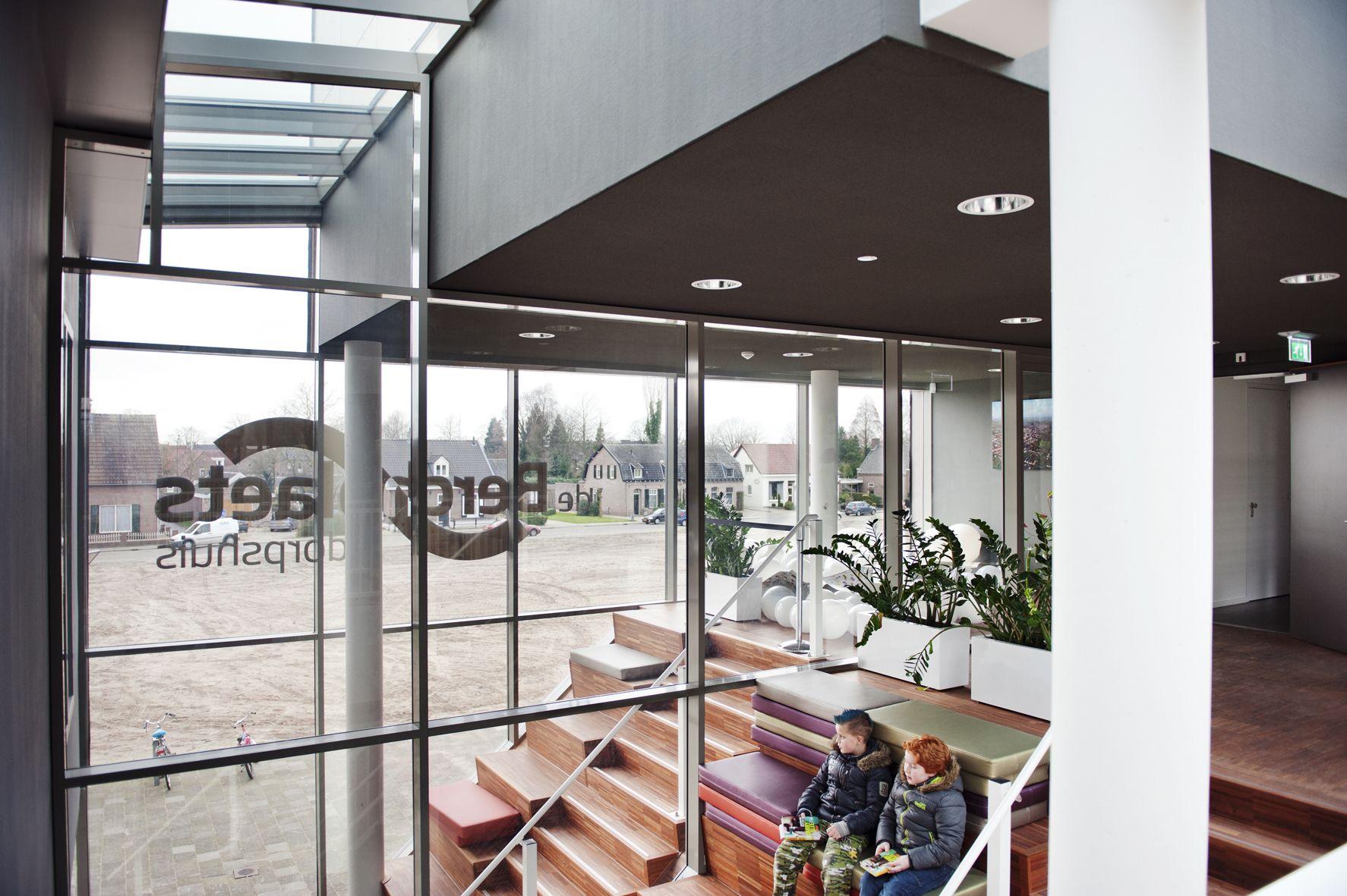 Dorpscentrum De Berchplaets Te Berghem Fotografie Madeleine Sars Architecten