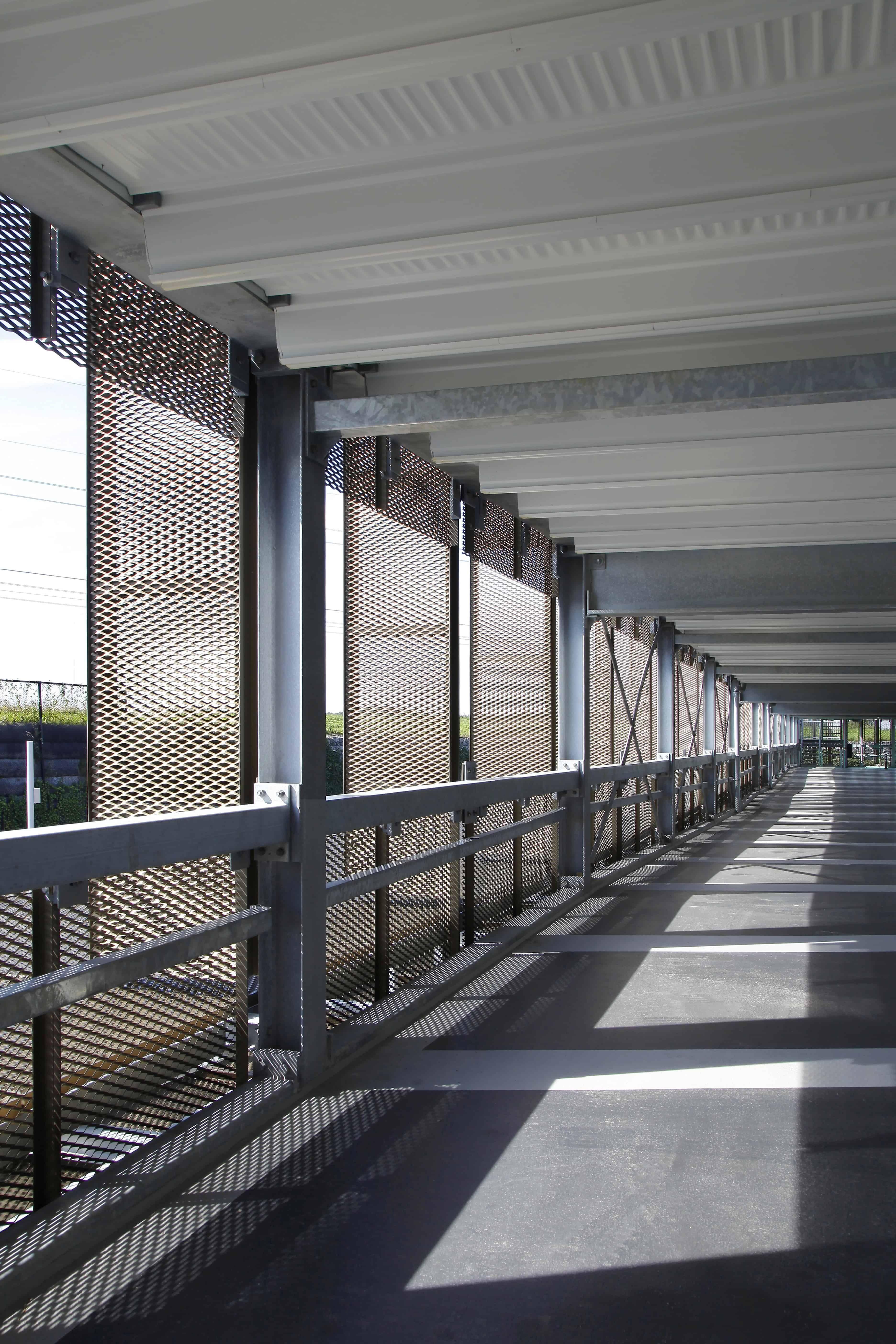 Parkeergarage Fashion Outlet In Roosendaal Metadecor Gevel Architecten Gevelbekleding