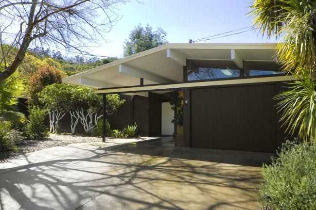 Open house two mid century modern eichler homes in marin for Eichler paint colors