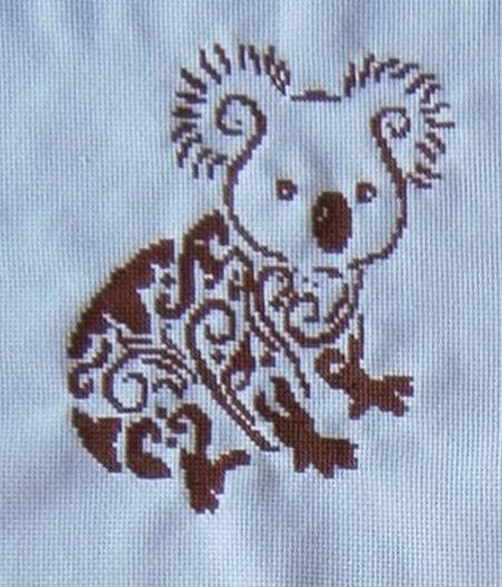 silueta koala en punto de cruz. 2015