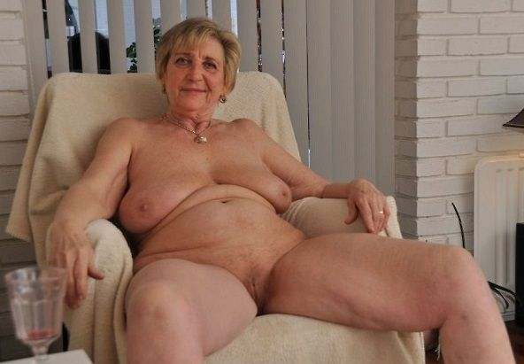 Guide To Hookup An Older Woman