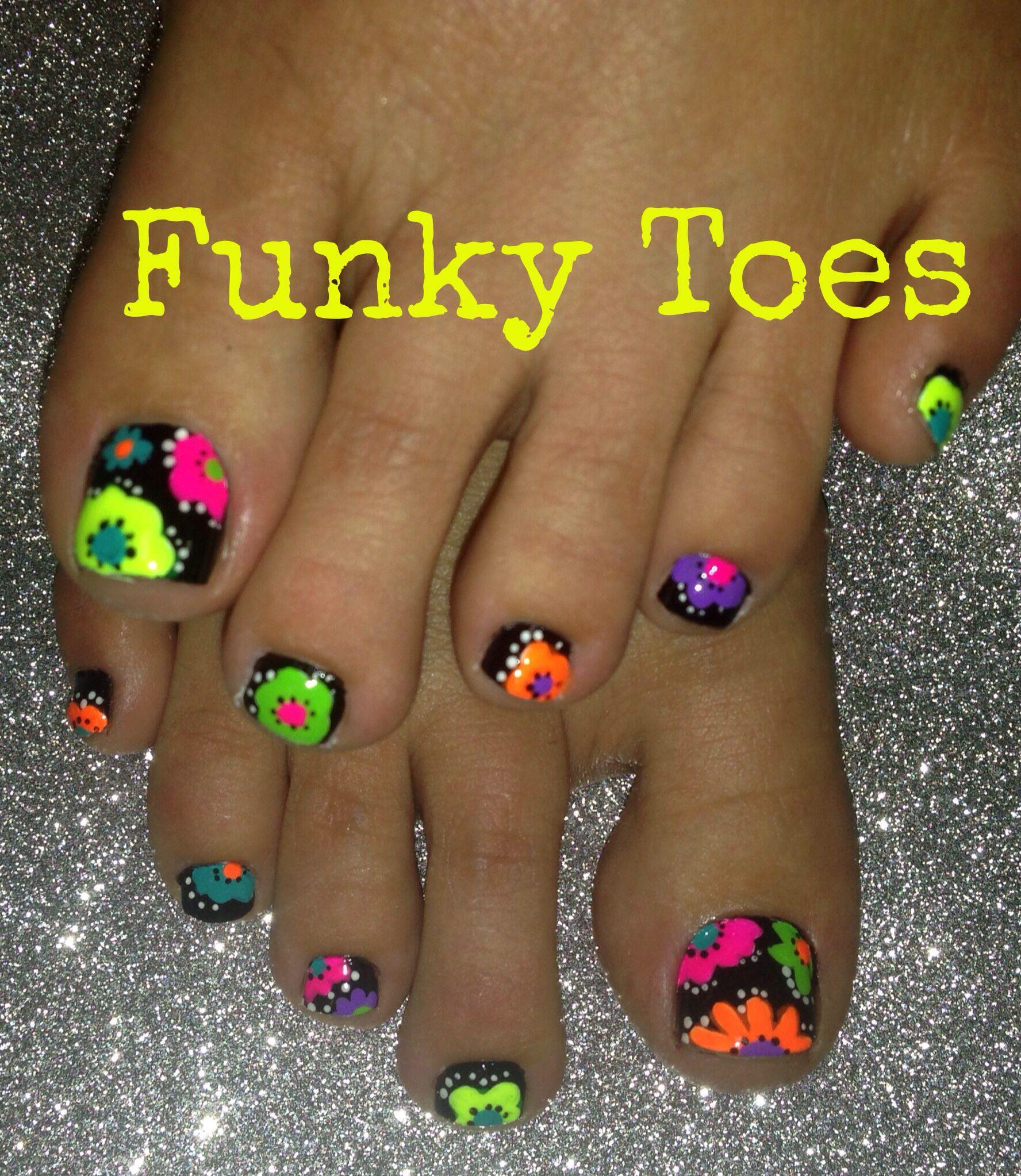 Neon Toenail Art Flower Design Toenail Art Designs Toe Nail Art Summer Toe Nails