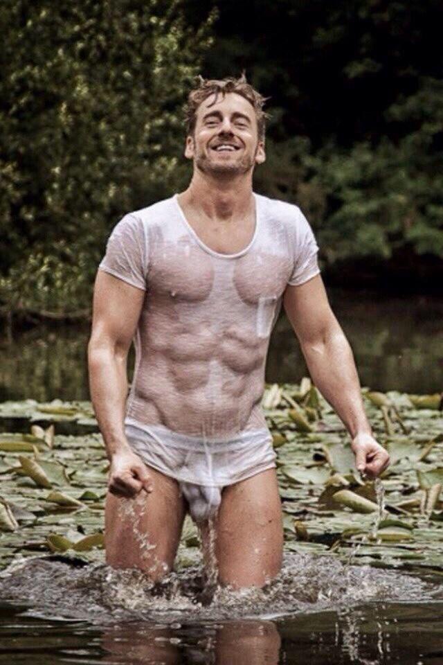 men sexy nude wet