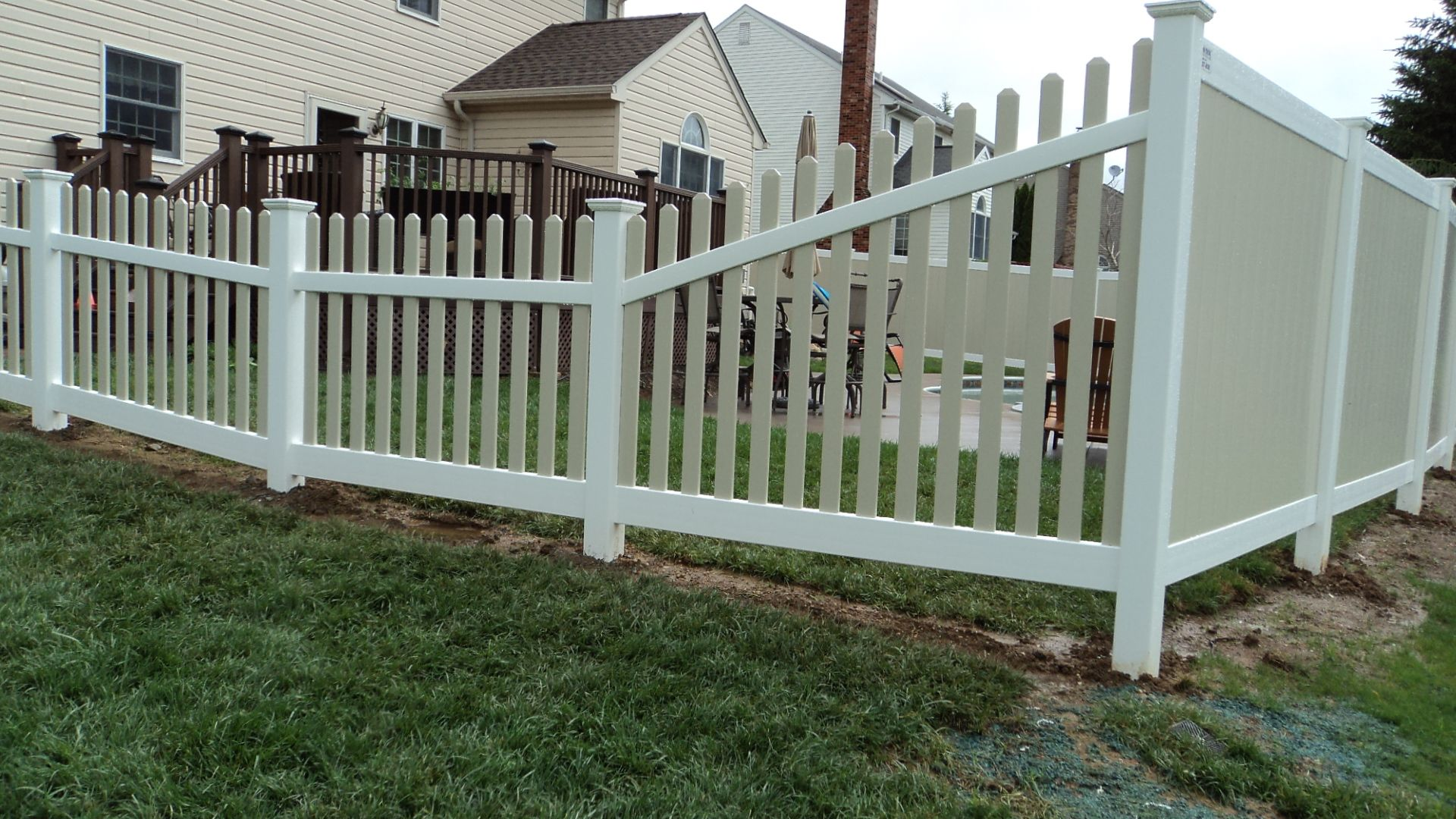 An Attractive Way To Transition From One Height And Style Of Fence