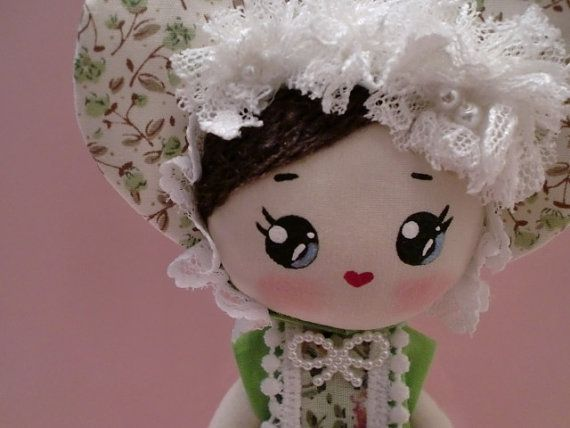 Pose Doll, She is Claudia  I like her fresh green color dress