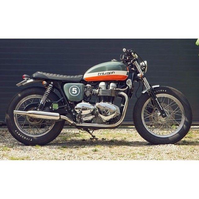 Triumph Boneville T100 custom. Nice touch  #VILLAGE91 #V91