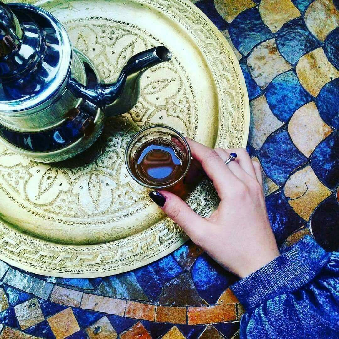 Té con menta 🍵  www.marruecosentusmanos.com  marruecosentusmanos@gmail.com  #marruecos #morocco #marrakech #téconmenta #relax #descanso #amigos #feliz #experiencia #buenrato #paraiso #viajes #viajar #escapadas #excursiones #rutas #aventuras #vacaciones #oasis #belleza #colores