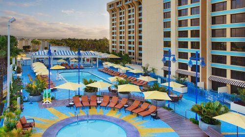 Disney S Paradise Pier Hotel Disneyland Anaheim Disneyland Resort