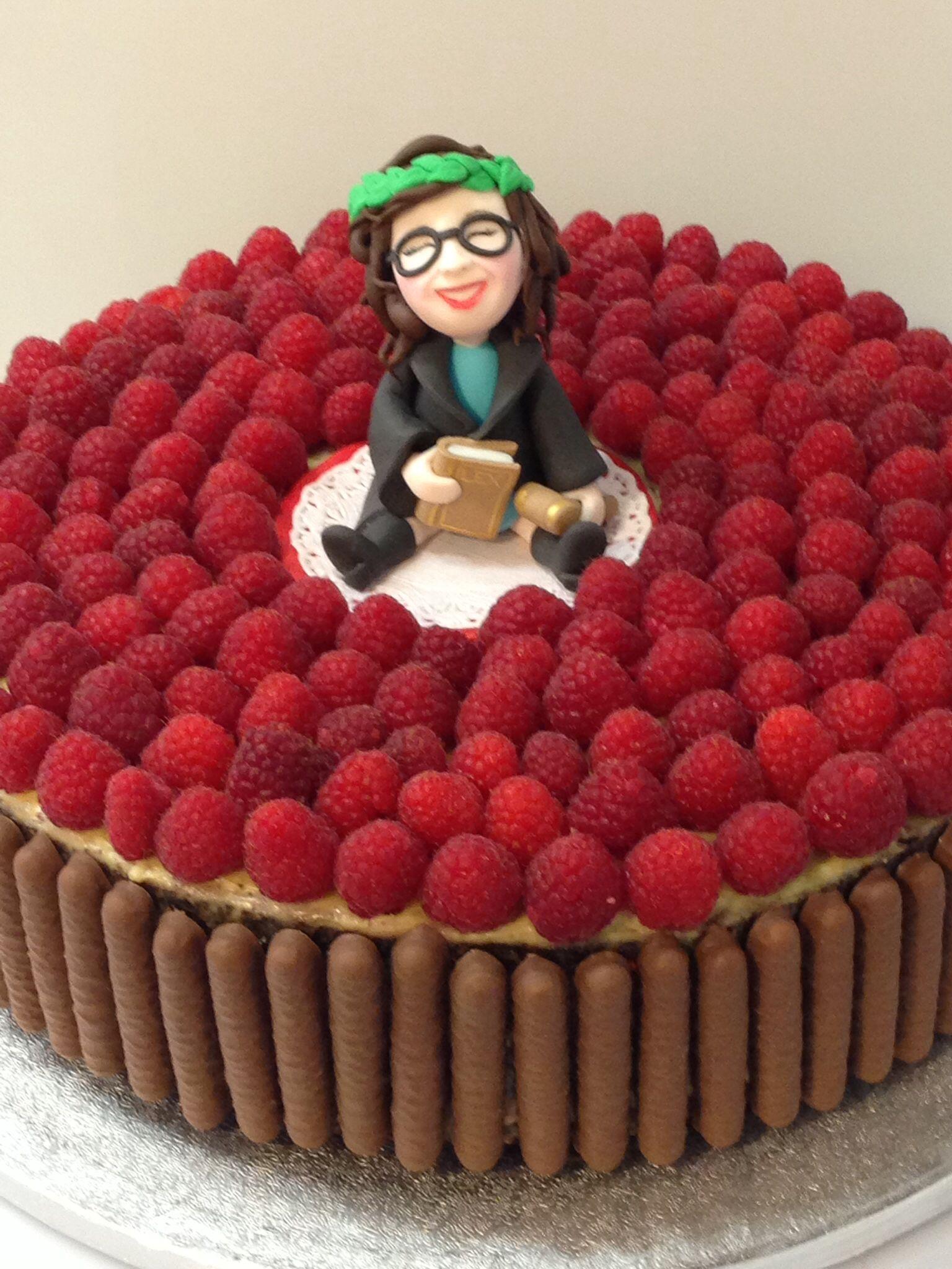 Bachelor Chiara's Cake.