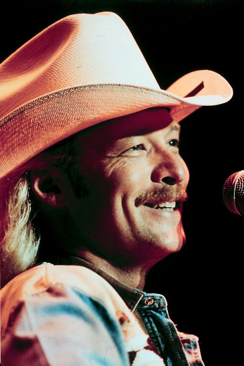 Alan Jackson - MY NUMBER ONE COUNTRY BOY!!! LOVE HIS MUSIC