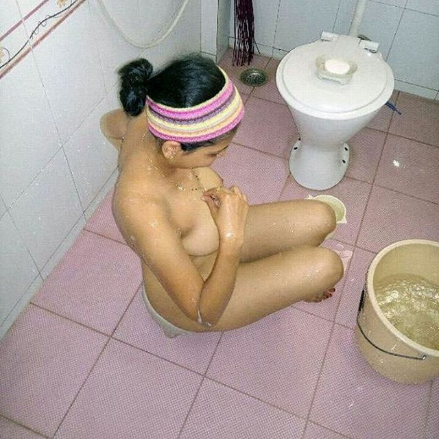 neighbors ebony wife shower nude