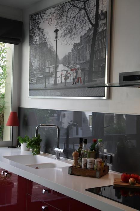 Photo deco : Cuisine Blanc Classique Maison Atelier Du Monde ...