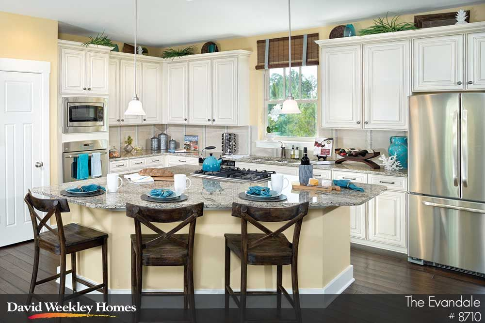What beautiful colors in The Evandale model in Panama City ...