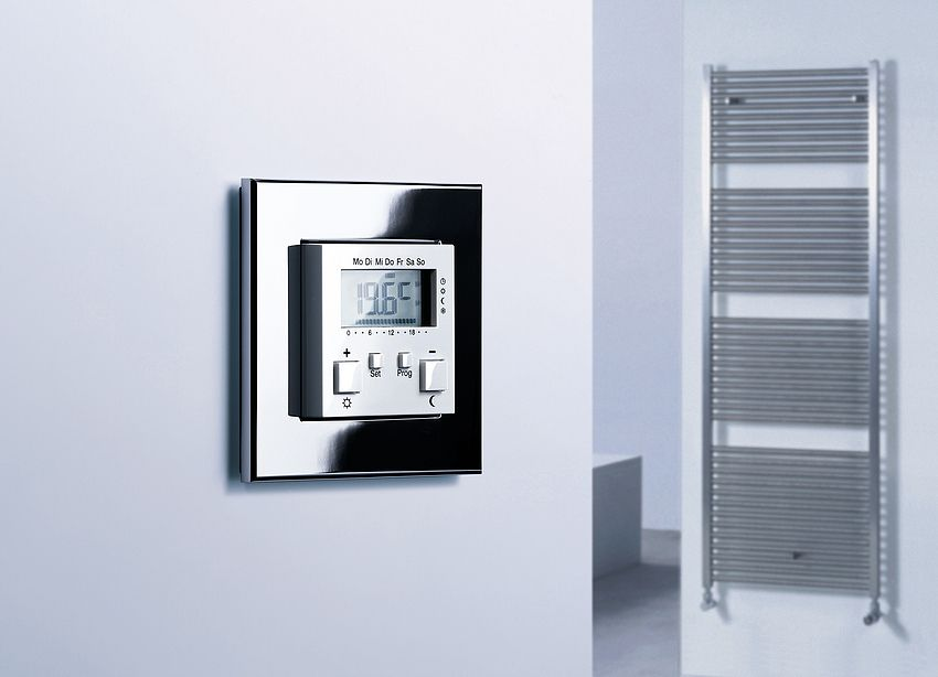 Gira Inbouwradio Badkamer : Gira radio room temperature sensor for heating control