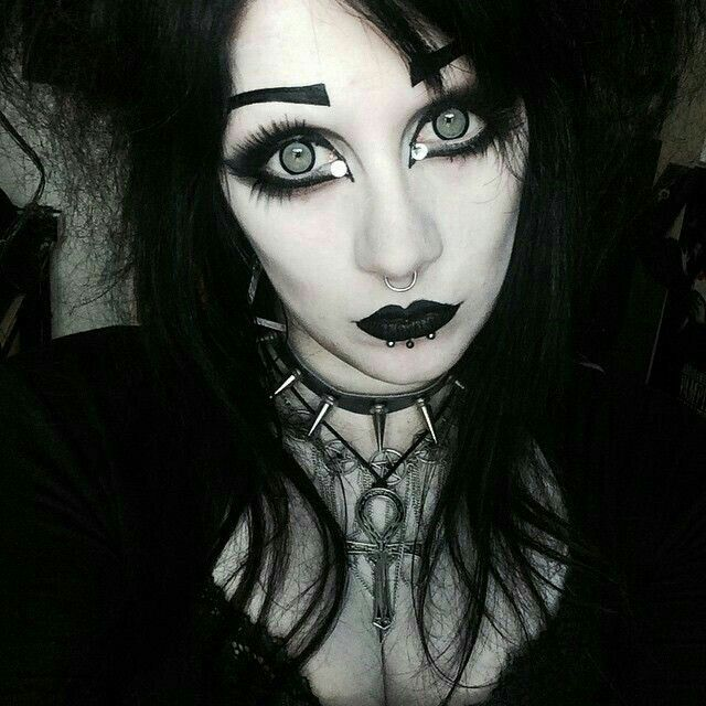 Circle lenses make such a big difference to any look.