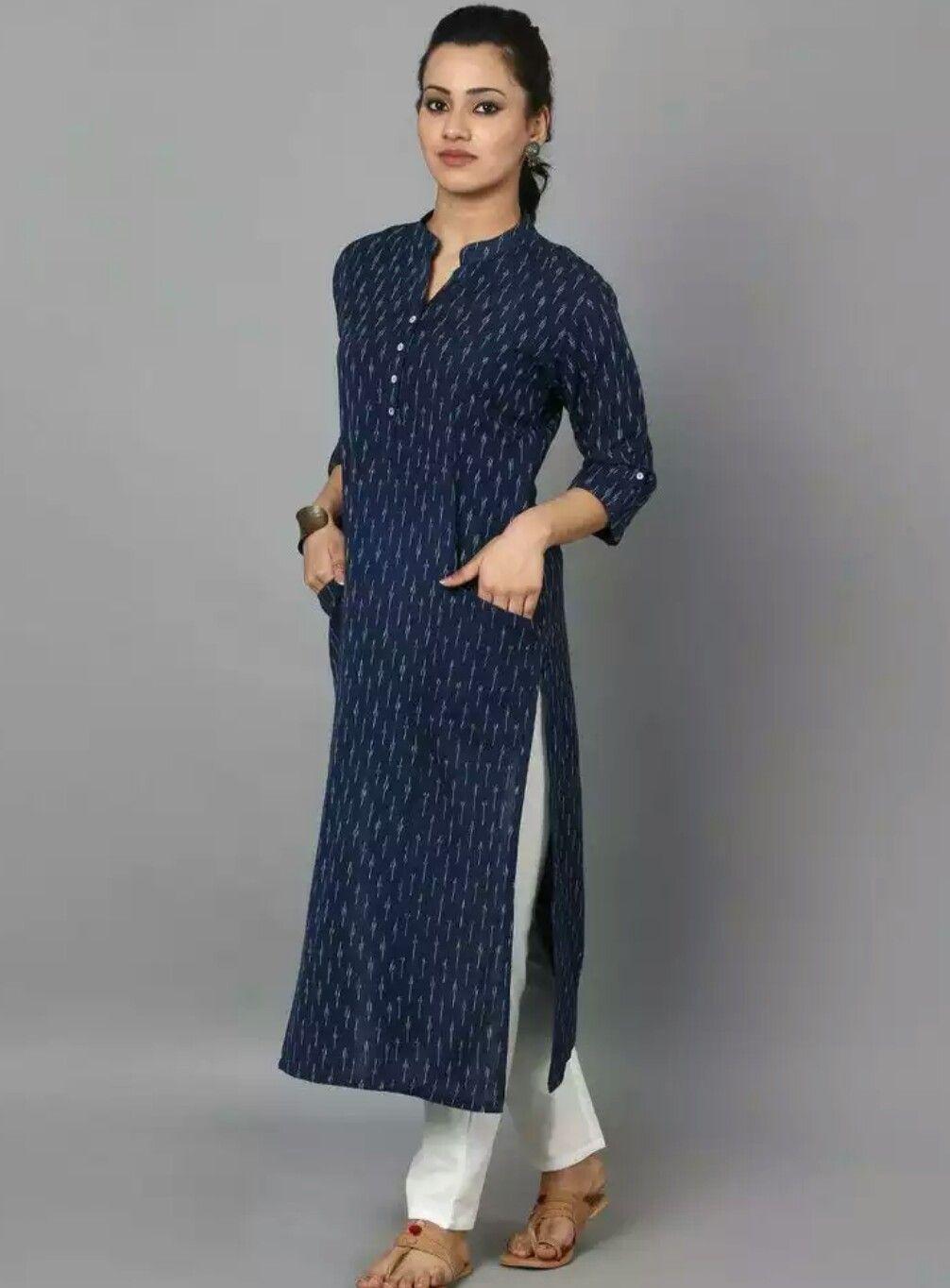 Light blue top - wooden buttons | Stitch | Pinterest | Kleider