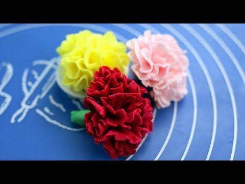 Zobacz Jak Prosto Mozna Przygotowac Gozdziki Z Lukru Masy Cukrowej Mozna Je Zrobic Nawet Jesli Nie Posiadacie Zadnych Specja Fondant Flowers Flowers Fondant