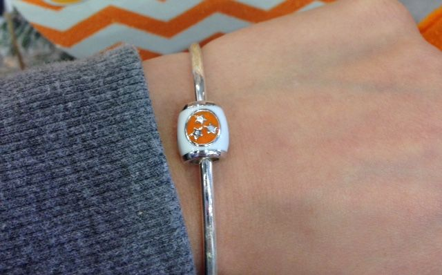 5db799726 Loving this awesome tri-star bead that fits most charm bracelets! #pandora  #Tennessee alumnihall.com