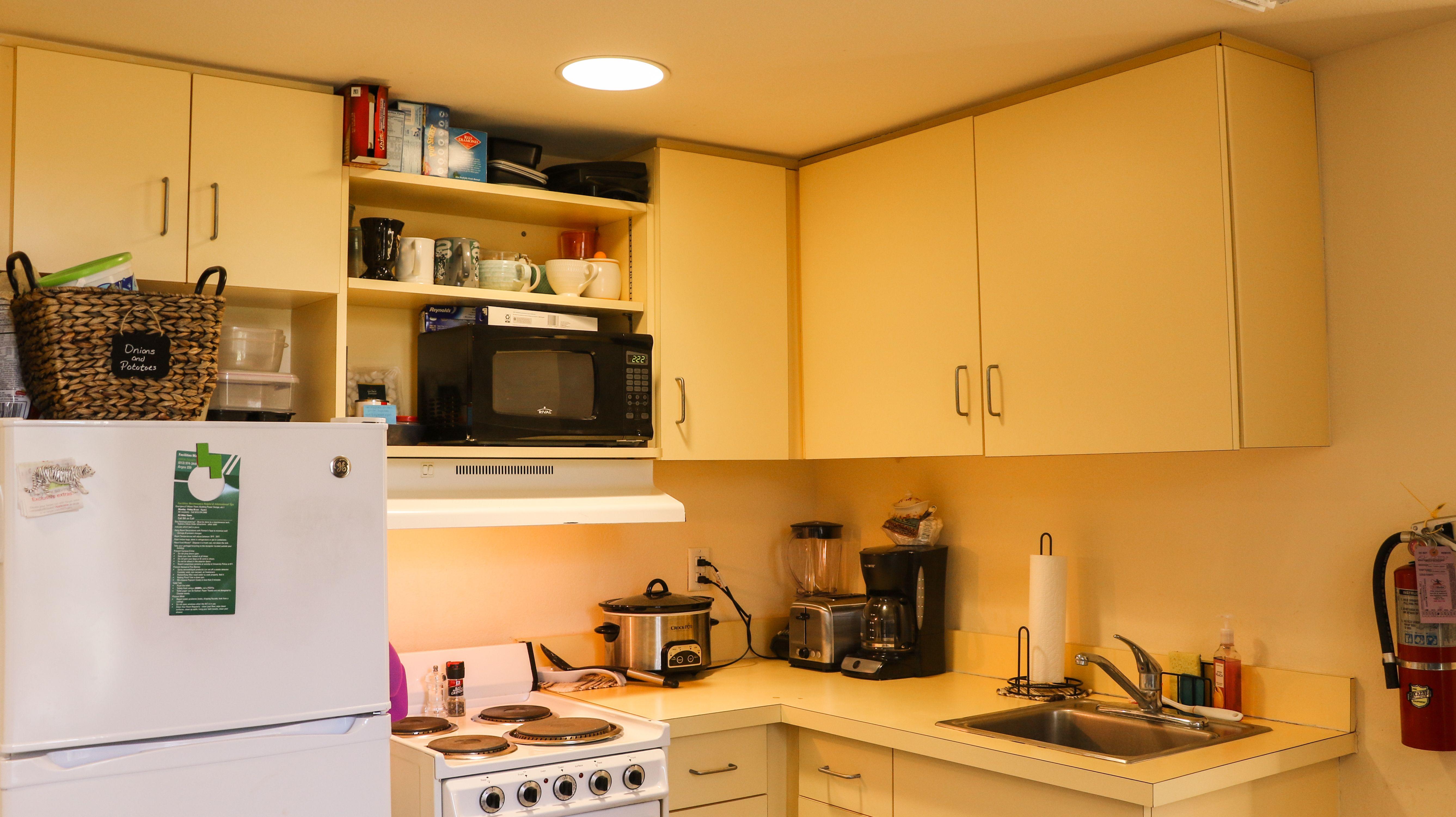 Kosove Apartments Kitchen Apartment Kitchen Apartment Style Dorm Room