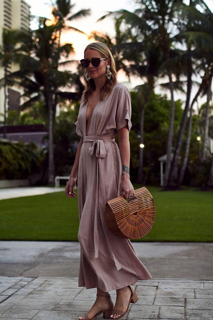 Sommer-Outfit, Strandurlaub, Tropischer Urlaub, Mara Hoffman Pink