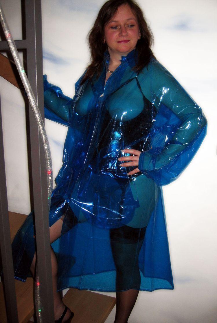 Pin by Nuna Biznuzz on Plastic   Raincoats for women