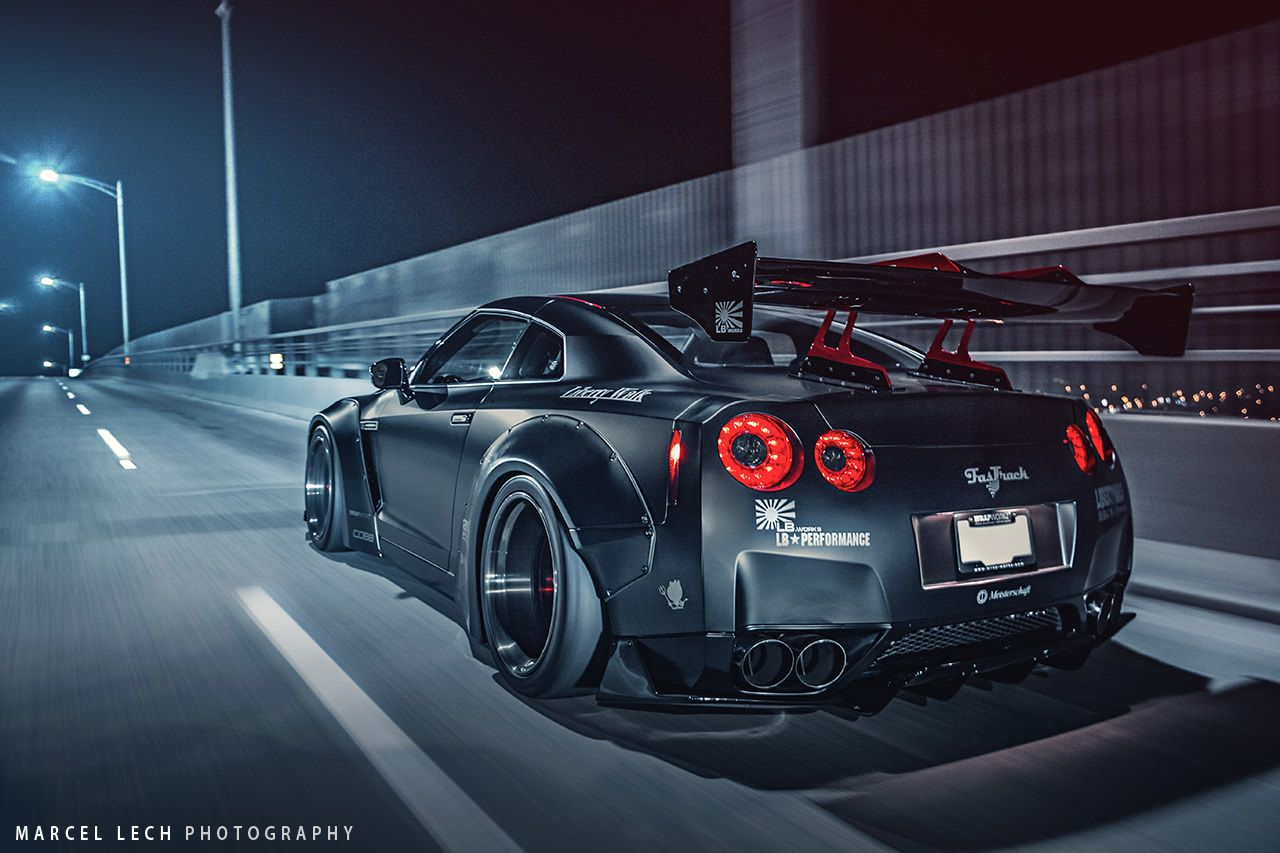 5 black liberty walk gt r rear side view in. Black Bedroom Furniture Sets. Home Design Ideas